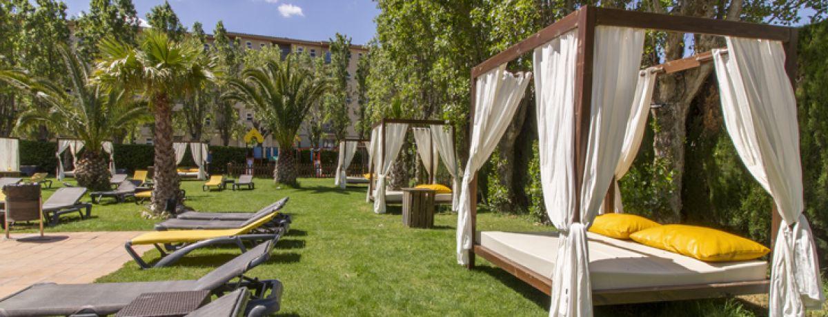 garden hotel panorama