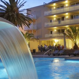 grosse piscine hotel estartit